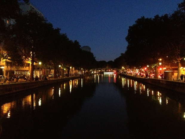 Canal Saint Martin in Paris bei Nacht
