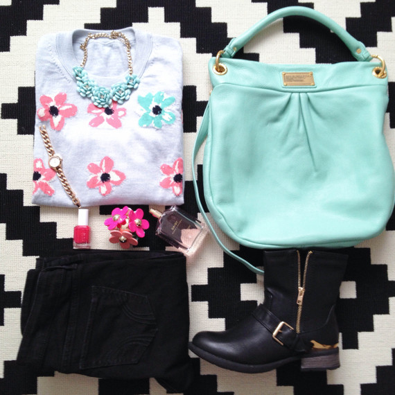Outfit - Blumenpulli