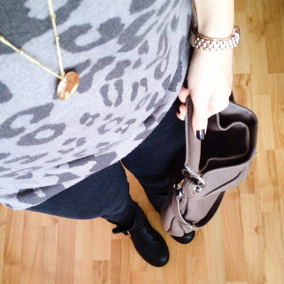 Outfit - Leopulli black and grey