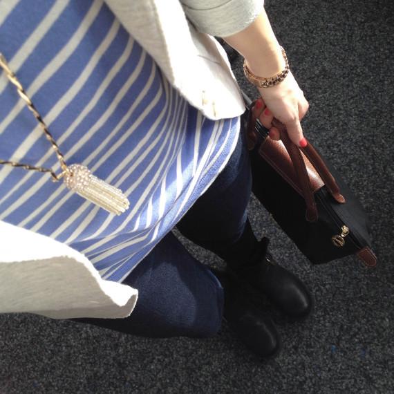 Outfit - Streifen und Tassel Necklace