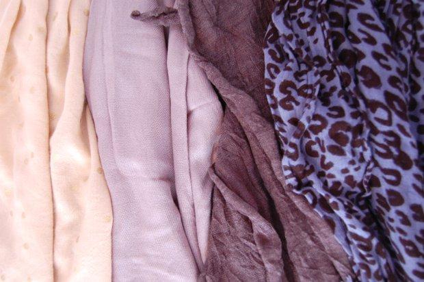 Schals im Herbst
