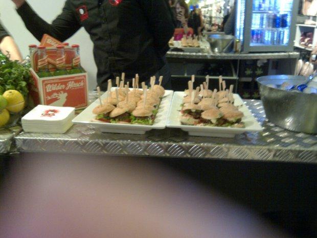 Snacks im VIP-Bereich