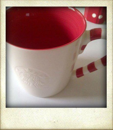 Starbucks Tasse mit Zuckerstangenhenkel
