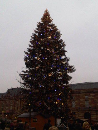 Weihnachtsbaum auf dem Place Kleber