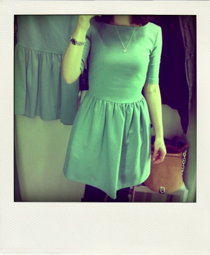 mintfarbenes zara kleid fashiongefl ster. Black Bedroom Furniture Sets. Home Design Ideas