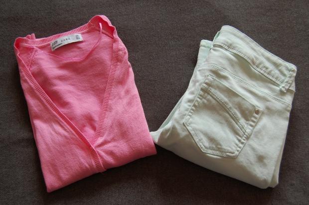 pinker Cardigan von Zara und mintfarbene Hose von Promod